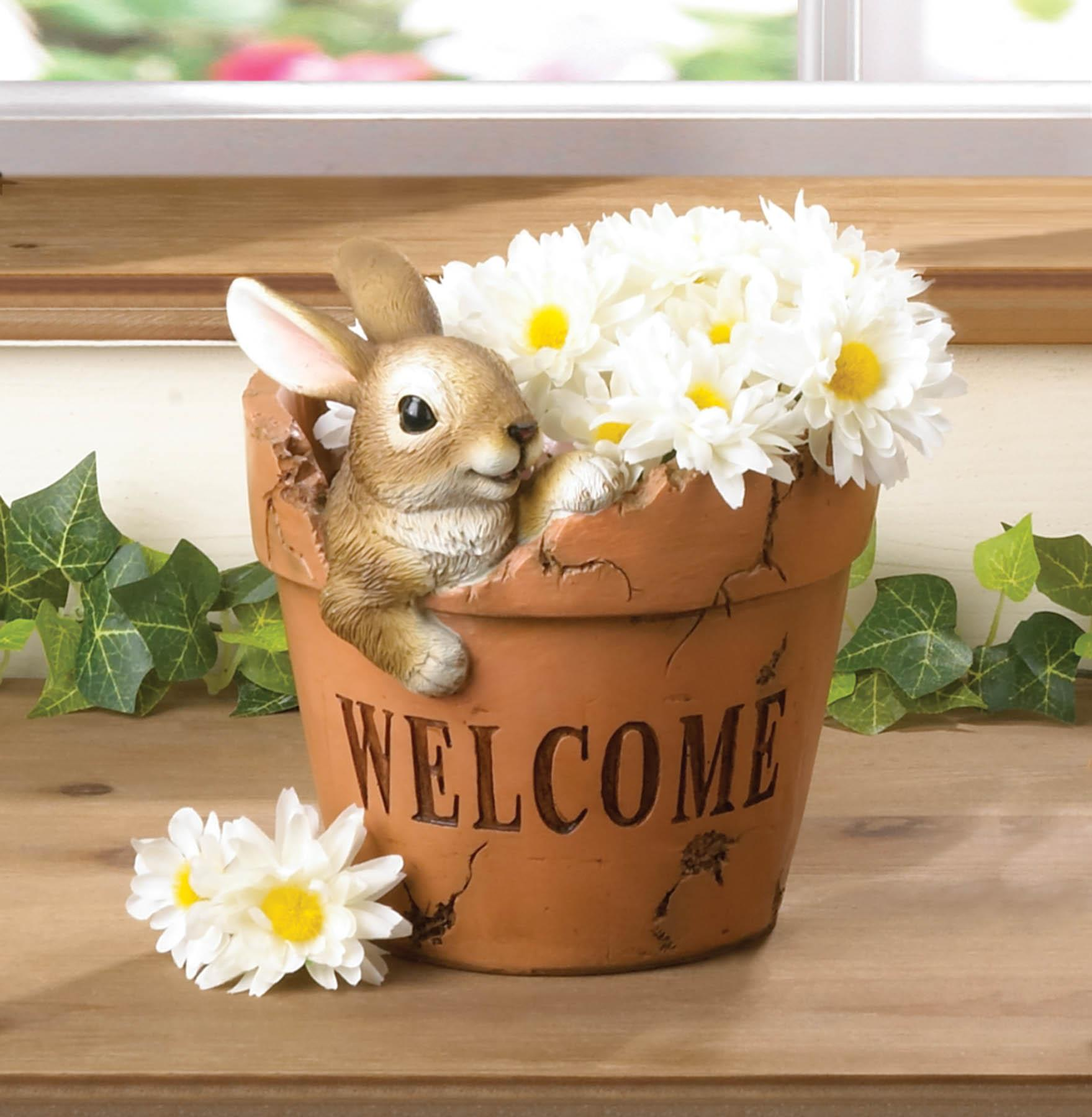 WELCOMING BUNNY PLANTER 10018694